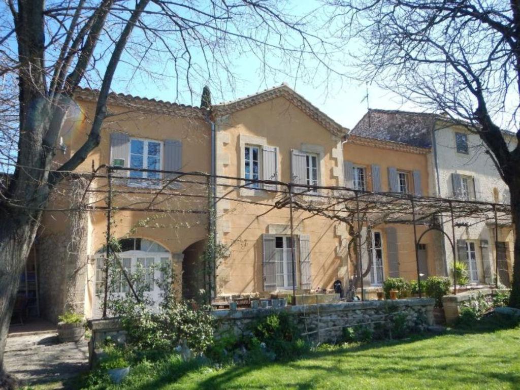 UZES Pont du Gard à 5 MN , DEMEURE XIXè 16 pièces Parc Ref TAFFURO 1691