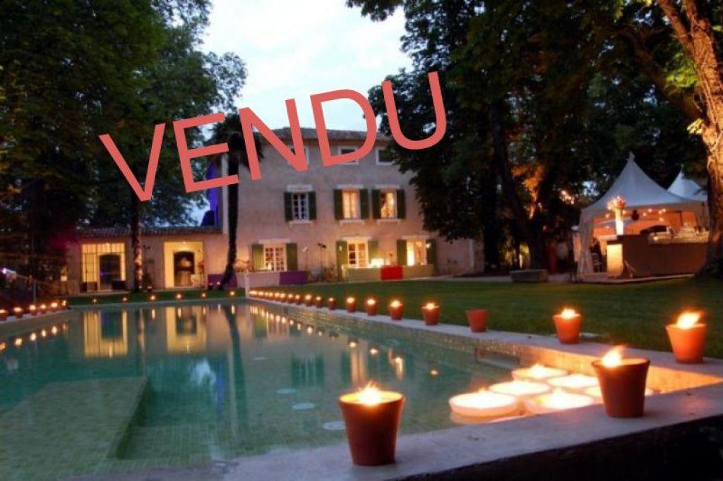 Luxury homes Avignon Proche   900.00 m2