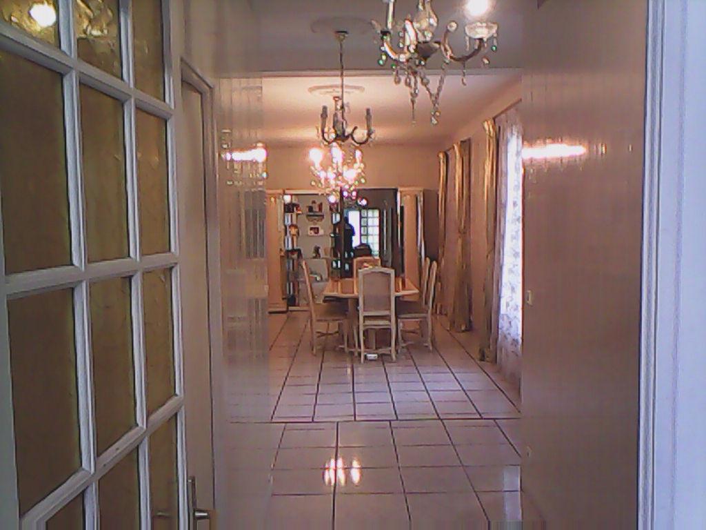 Maison Bobigny 6 pièce(s) 196 m2