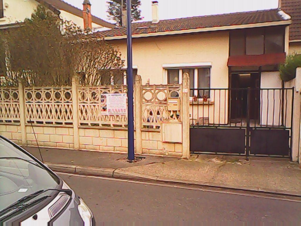 Maison  5 pièce(s) 160 m2+ 2 studios independents