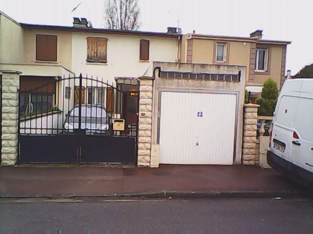 Maison de ville à Bondy 4 pièce(s) 100 m2