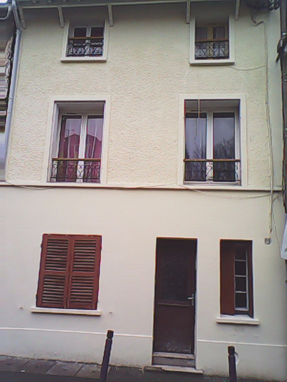 IMMEUBLE 6 APPARTEMENTS A STAINS