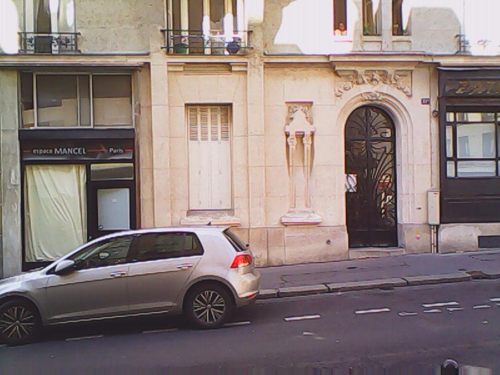 Appartement F2 de 48m2 ou Murs de commerce à vendre