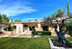 Proche Avignon,20 mins gare TGV, luxueuse villa Provençale , 222m2 SH sur jardin paysager avec piscine