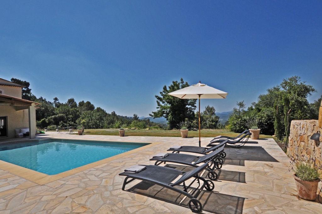 Estérel-Cote d'Azur, Pays de Fayence, propriété Provençal 285m2 sur 6000m2 terrain, vue panoramique