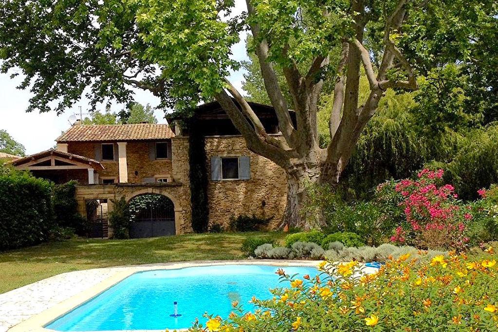 Uzès région, beau Mas rénové, 282m2 sur parc arboré 6500m2 avec piscine