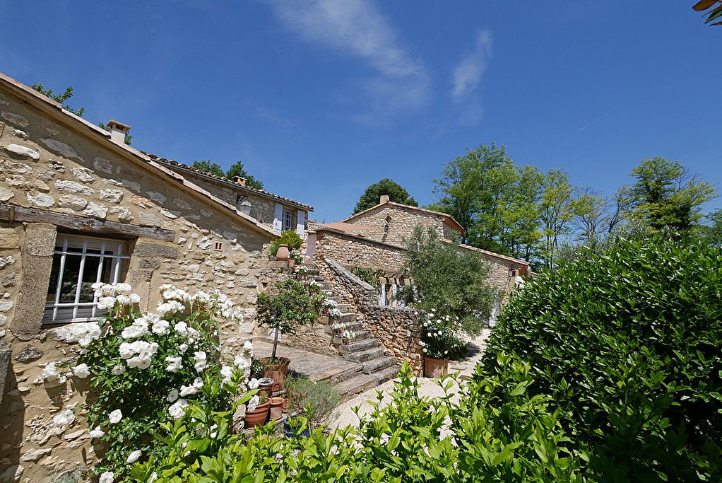 "Uzès, 10 kms, pretty stone house with lovely garden and ""bassin ""pool, 165m2 on 1500m2 gardens."