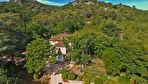 Vue panoramique, maison bourgeoise d'env 220m2 sur 1ha de terrain clos, piscine