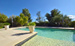 Uzès proche, propriété de charme 400 m2 SH, 7 chambres, jardin et piscine