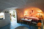 """Uzes région, maison de charme, calme, avec terrasse et """"bassin """" piscine"""