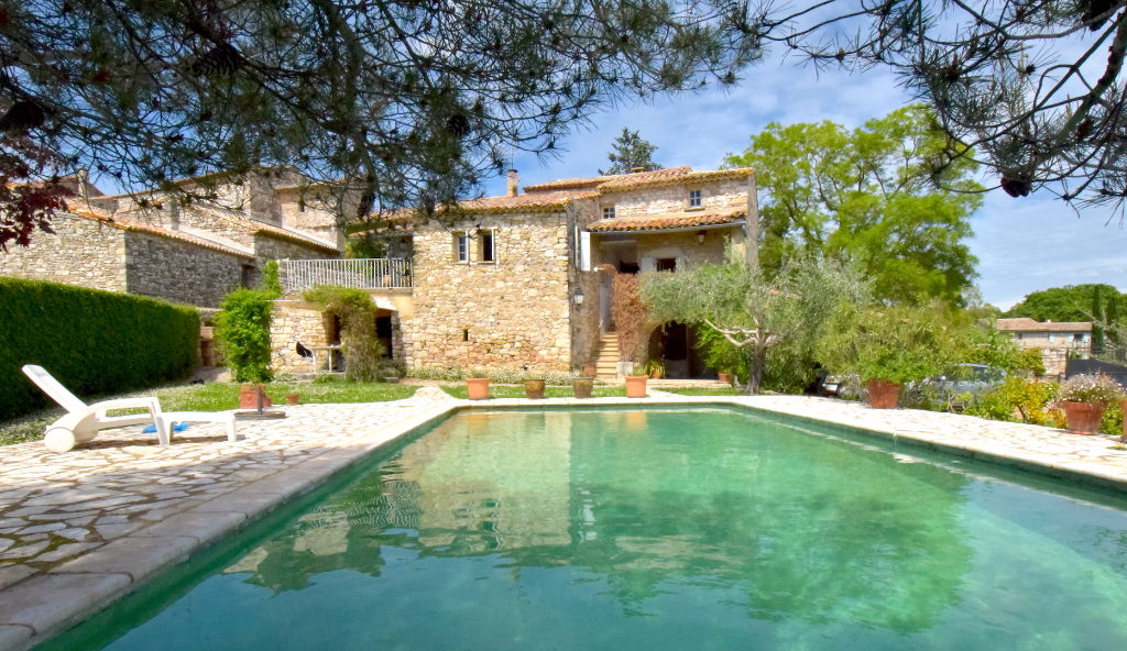 Uzès, 10 mns, charming stone Mas with large garden and pool, 195m2 living space.