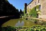 Château XII eme , magnifique appartement 146 m² avec terrasse privative le long des douves