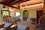 Uzès, le charme absolu: un ancien moulin rénové, 300m2 SH sur 15500m2 de terrain, avec piscine, plan d'eau privé.