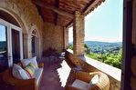 Vue panoramique, La Roque sur Cèze, au pied du Château, ravissante maison de village avec vue panoramique