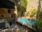 UZES, magnifique Maison de Maitre, rénovation de toute beauté, dans un village de charme..
