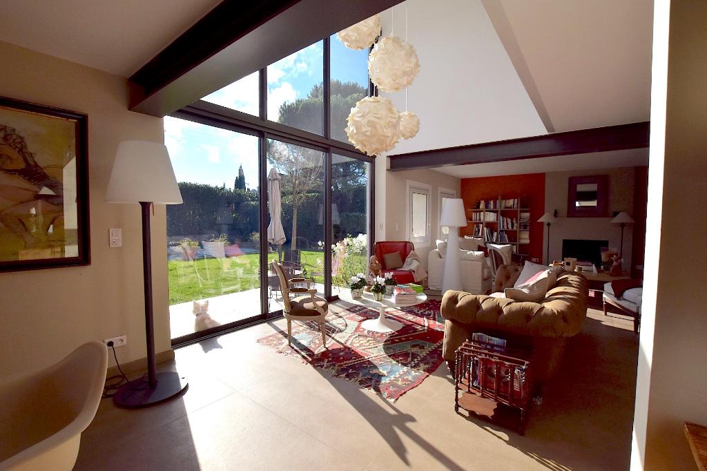 Saint Remy de Provence, maison elegant  et confortable à pied du centre ville