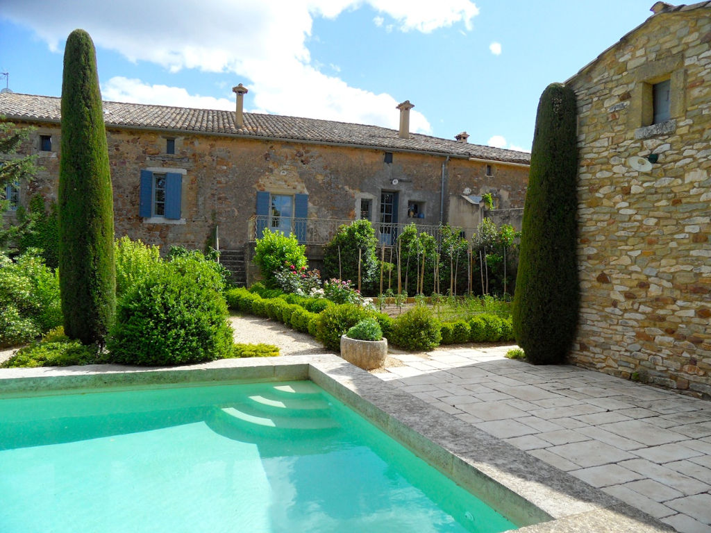 Uzès region, magnificent property, in a sought after village to the north of Uzès.