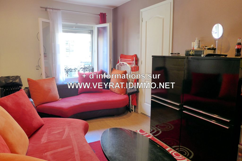 // VENDU // Appartement 2P 32m² env. / Issy-les-Moulineaux / 215 000€ FAI