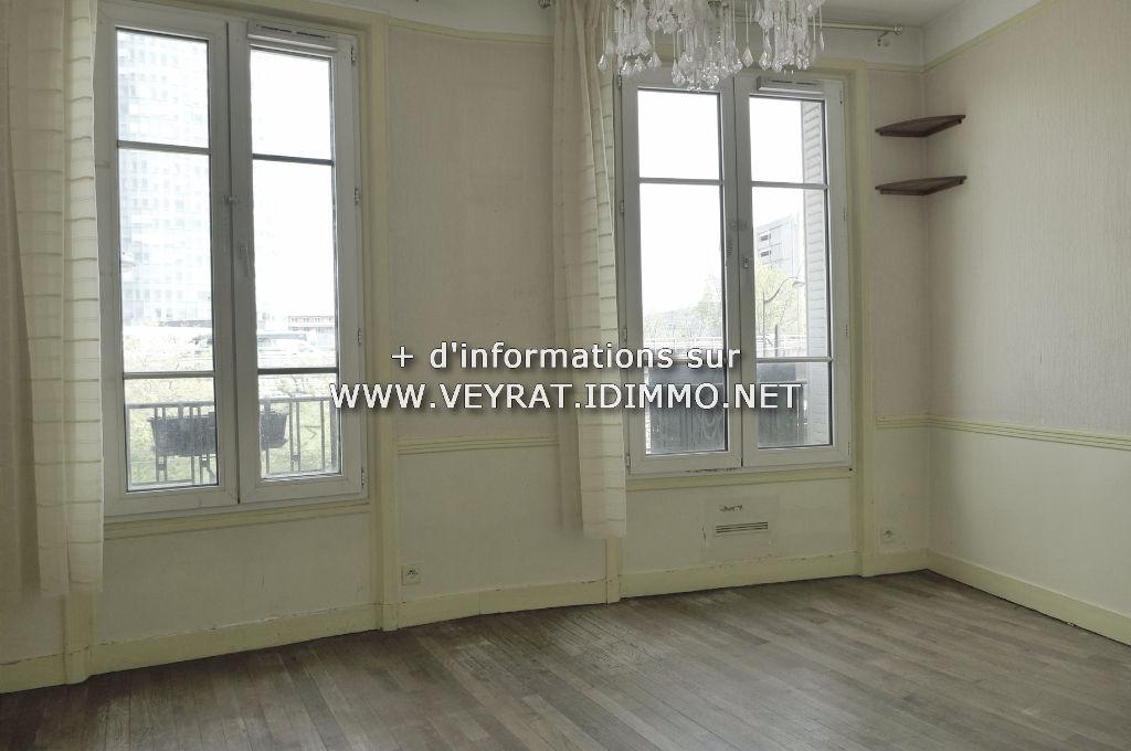 // VENDU // Appartement 2P 43m² / Issy-les-Moulineaux / 263 000€ FAI