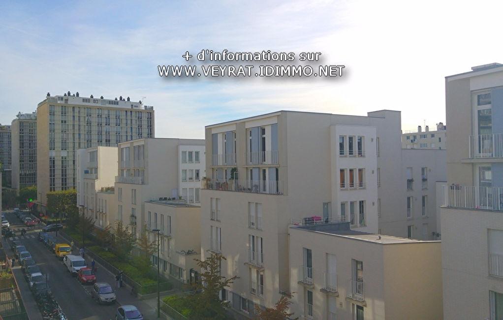 Studio  dernier étage 18m² / Boulogne-Billancourt / 143 000€ FAI