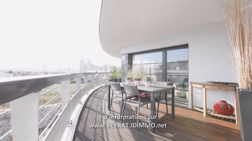 // Réservé // Duplex 5P 160,70m² + PK / Issy Les Moulineaux / 1 170 000€ FAI
