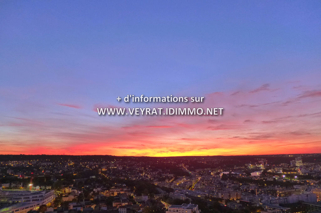 // Sous compromis // Studio 25m² balcon, PK, cave / Issy-Les-Moulineaux / 163 000€ FAI