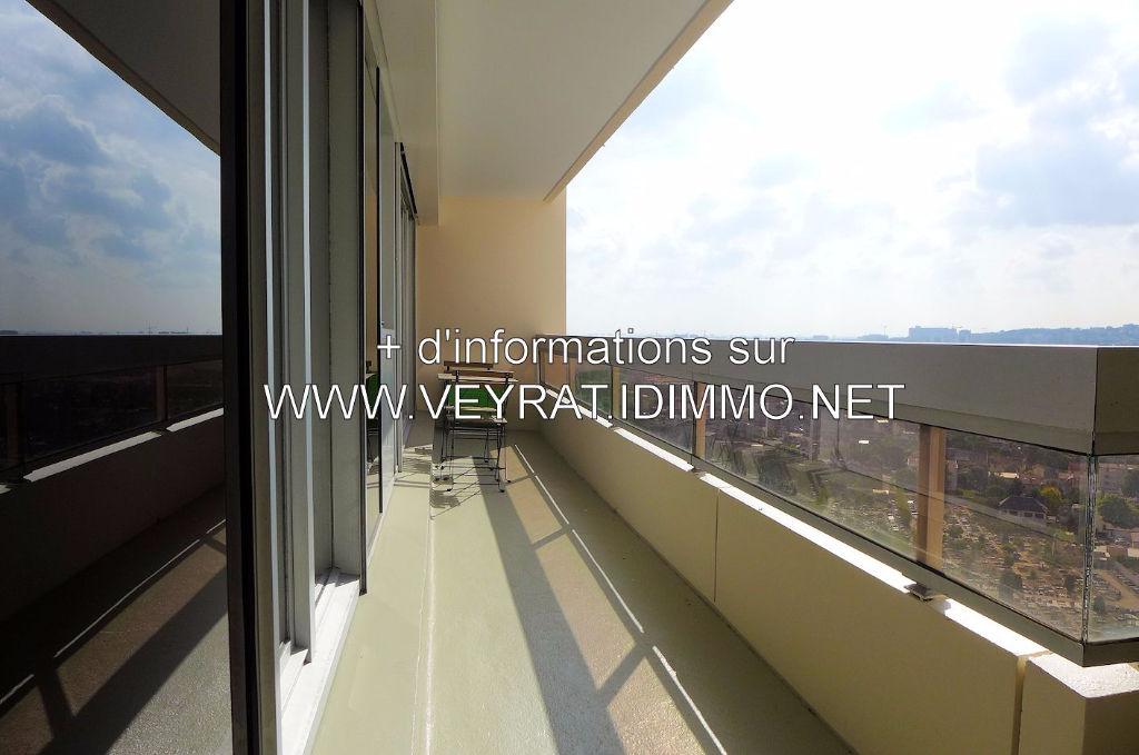 // Compromis signé // EXCLU ! Appartement 3P 63m² / Issy-les-Moulineaux / 310 000€ FAI