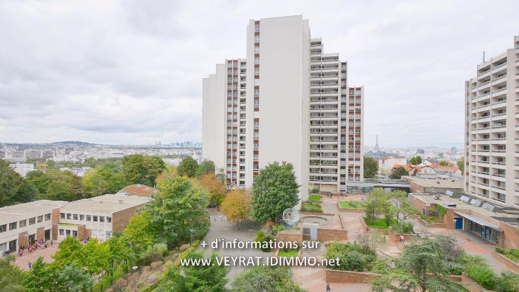 // EXCLUSIVITE // Appartement 3P 71,68 m² + PK / Issy-les-Moulineaux / 342 000€ FAI