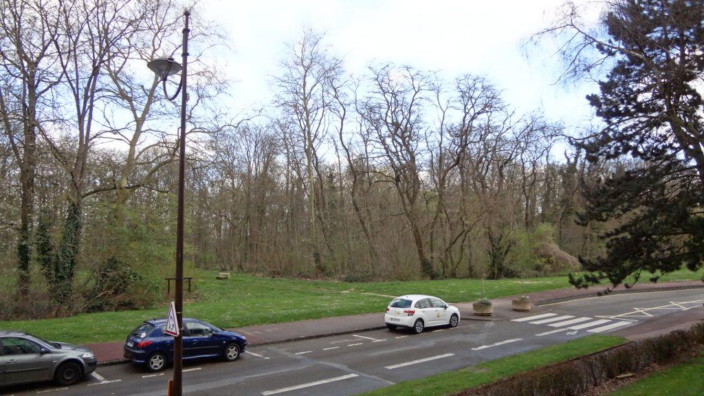 Vélizy-Villacoublay. A louer apparement 2 pièces.