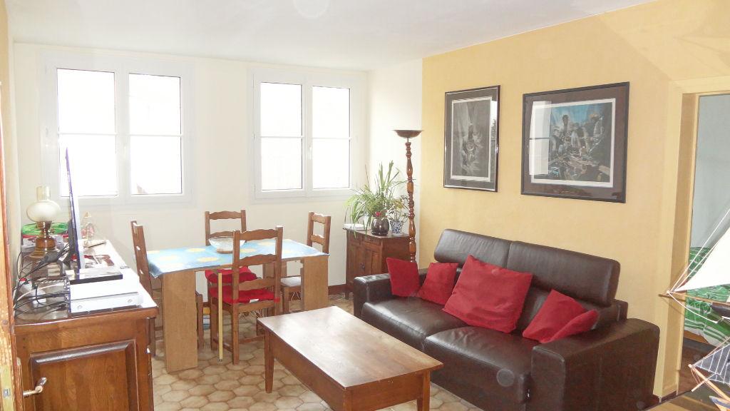 NOUVEAU ! Appartement 4 pièces à Vélizy ! Quartier Mairie