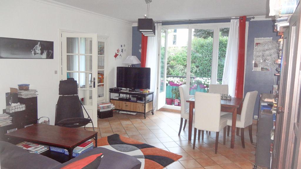 A vendre appartement en excellent état à Chaville
