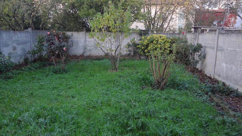 A vendre Maison à Vélizy villacoublay. Le Clos