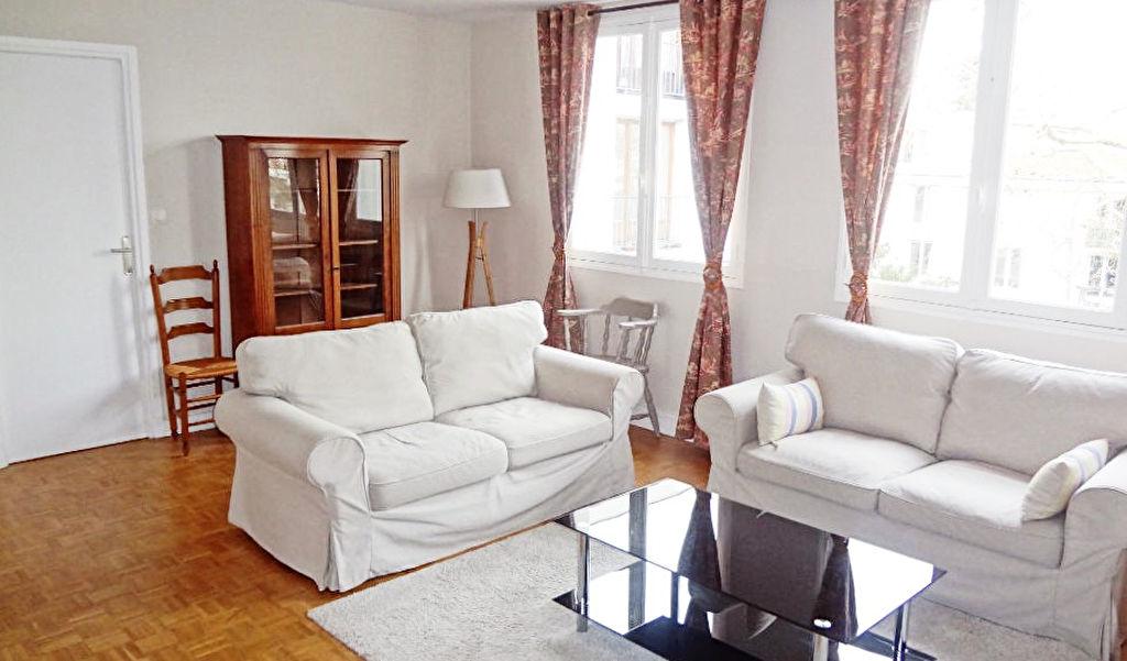 VERSAILLES! LOCATION: Appartement 2 pièces meublé de 49.43m² en bon état!