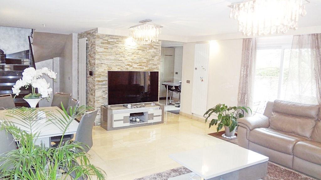 Velizy Le clos. Maison exceptionnelle à vendre à Vélizy !