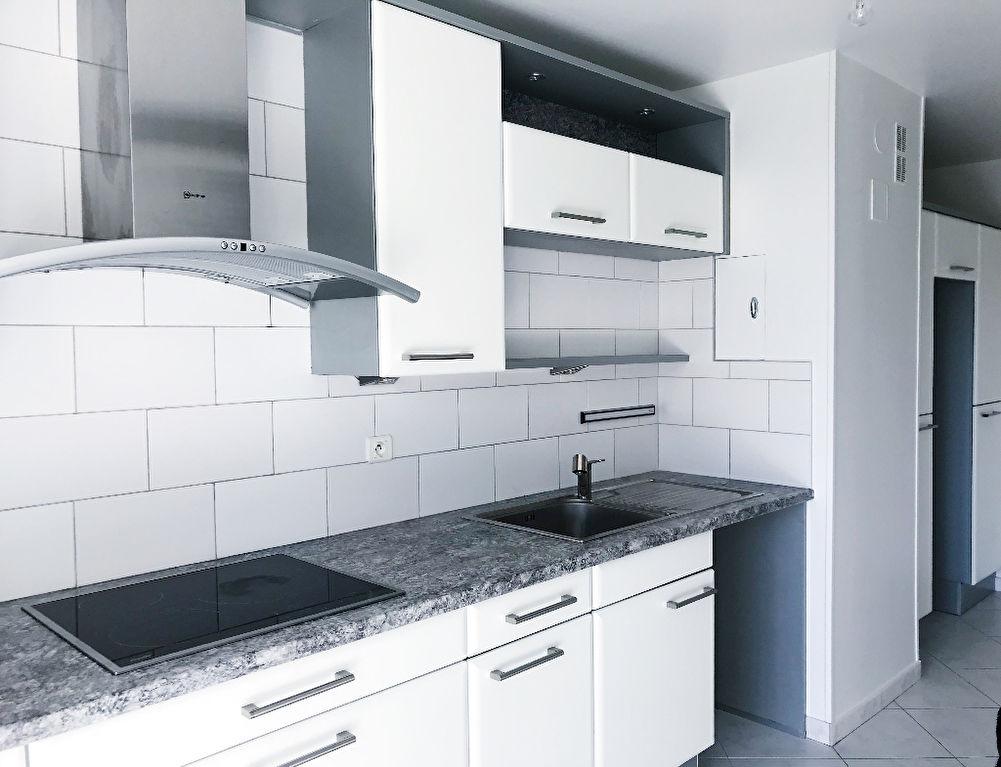 VELIZY-VILLACOUBLAY: A VENDRE ! Appartement 5 pièces de 93m² en excellent état !
