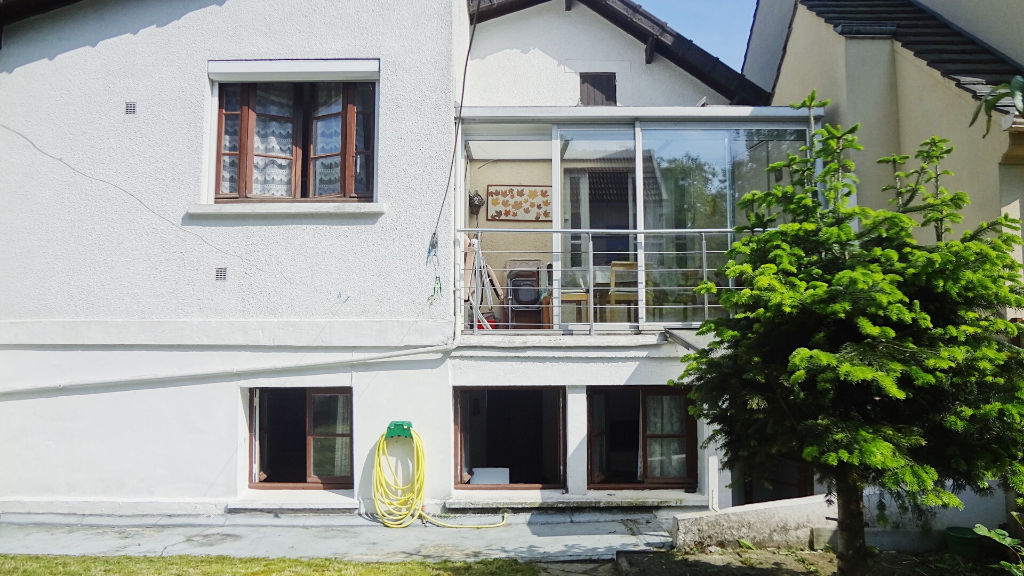 VELIZY-VILLACOUBLAY: A VENDRE ! Maison de 4 pièces d'environ 98m²