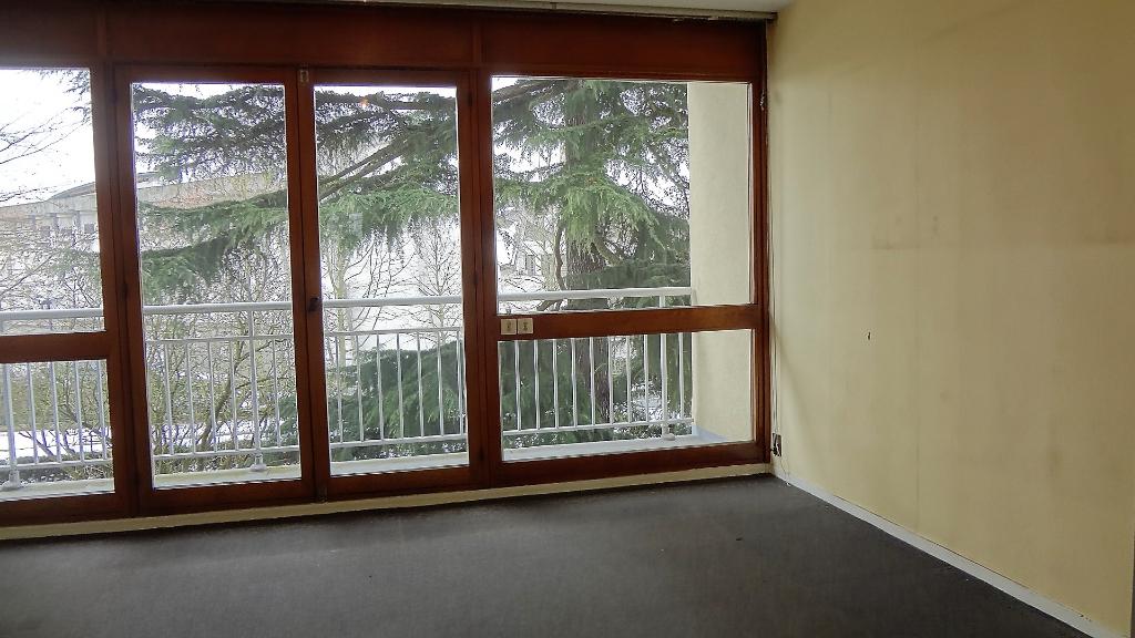A VENDRE ! VELIZY-VILLACOUBLAY : Appartement 2 pièce(s) 50 m2