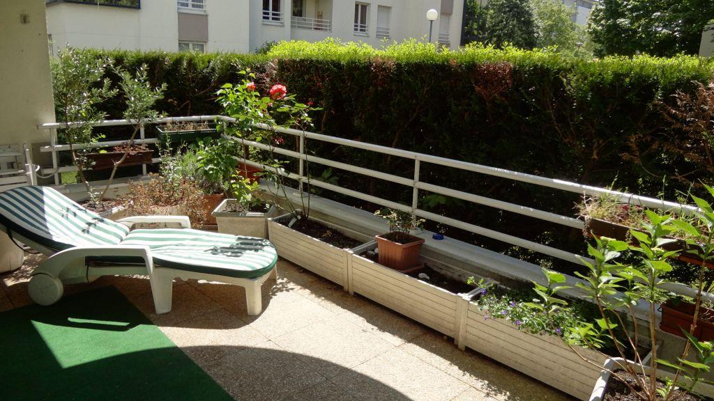 Résidence récente à Vélizy-Villacoublay 4 pièces de 92 m² en excellent état !!