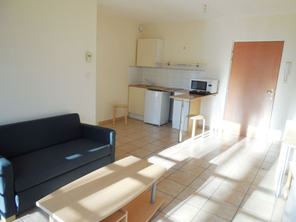 LOCATION BREST LAMBEZELLEC APPARTEMENT T1 BIS 33 m2