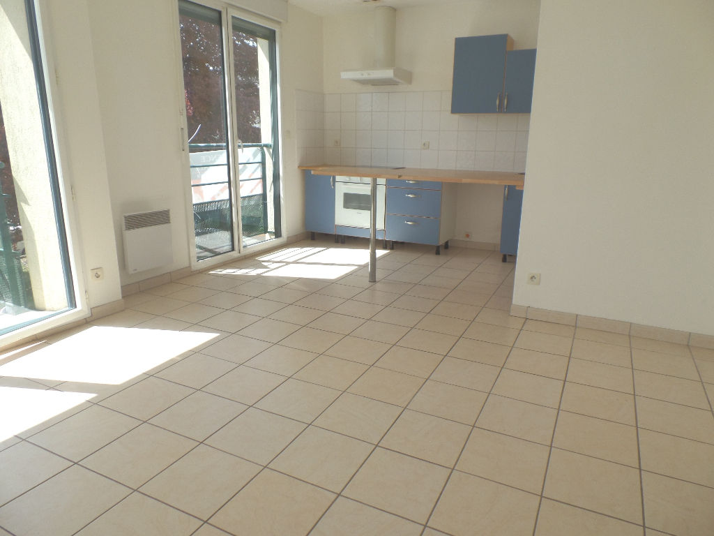LOCATION BREST SAINT MARC APPARTEMENT T2 43,50 M² PLACE DE PARKING