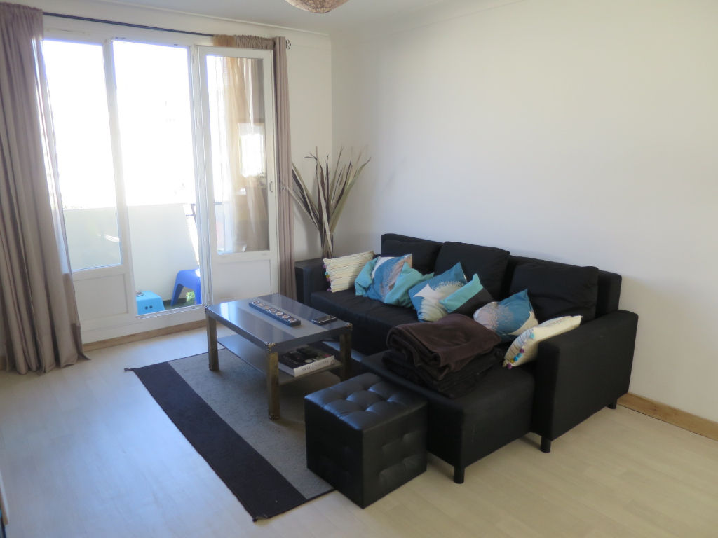 LOCATION   LANDAIS  CAPUCINS  APPARTEMENT  T3   68.35 M²   TRES AGREABLE