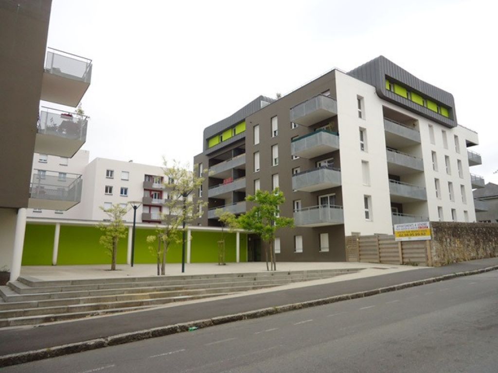 LOCATION BREST KERINOU APPARTEMENT T5 86.91m² TERRASSE