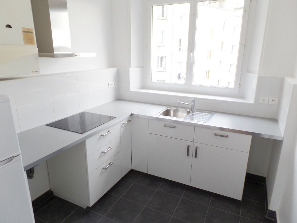 LOCATION BREST SIAM APPARTEMENT T3 76.60 M² ENTIEREMENT RENOVE