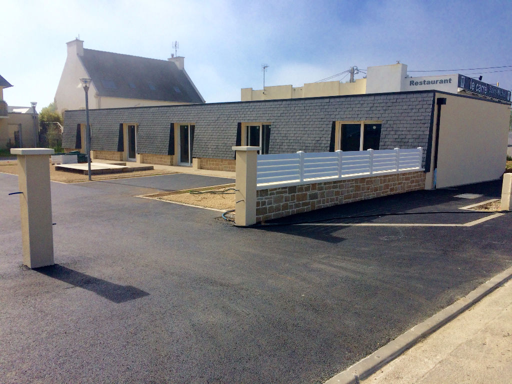 A VENDRE T1 32m2  PLOUGUERNEAU   KOREJOU PLAGE PARKING PRIVATIF JARDINET