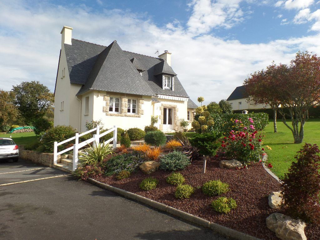 Immobilier logonna daoulas a vendre vente acheter for Jardin immobilier vallangoujard