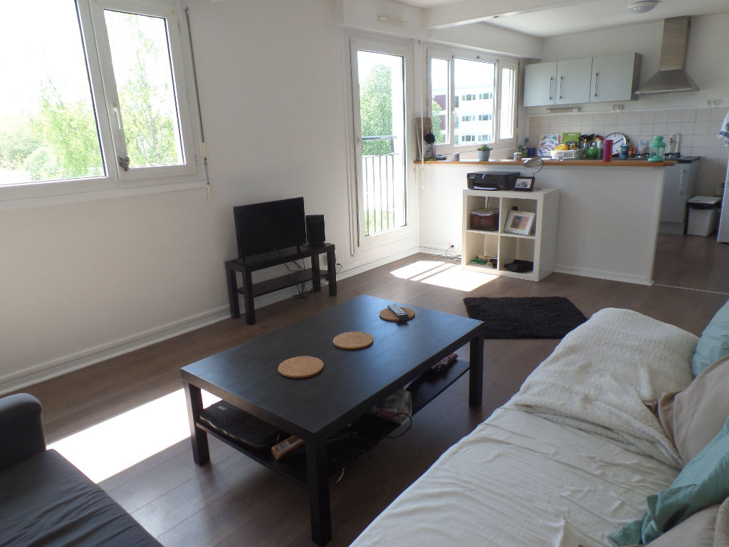 LOCATION BREST BELLEVUE APPARTEMENT T4   74M²