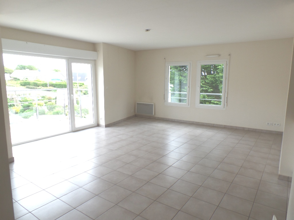 LOCATION  BREST  LAMBEZELLEC  APPARTEMENT T4  82,50 m²