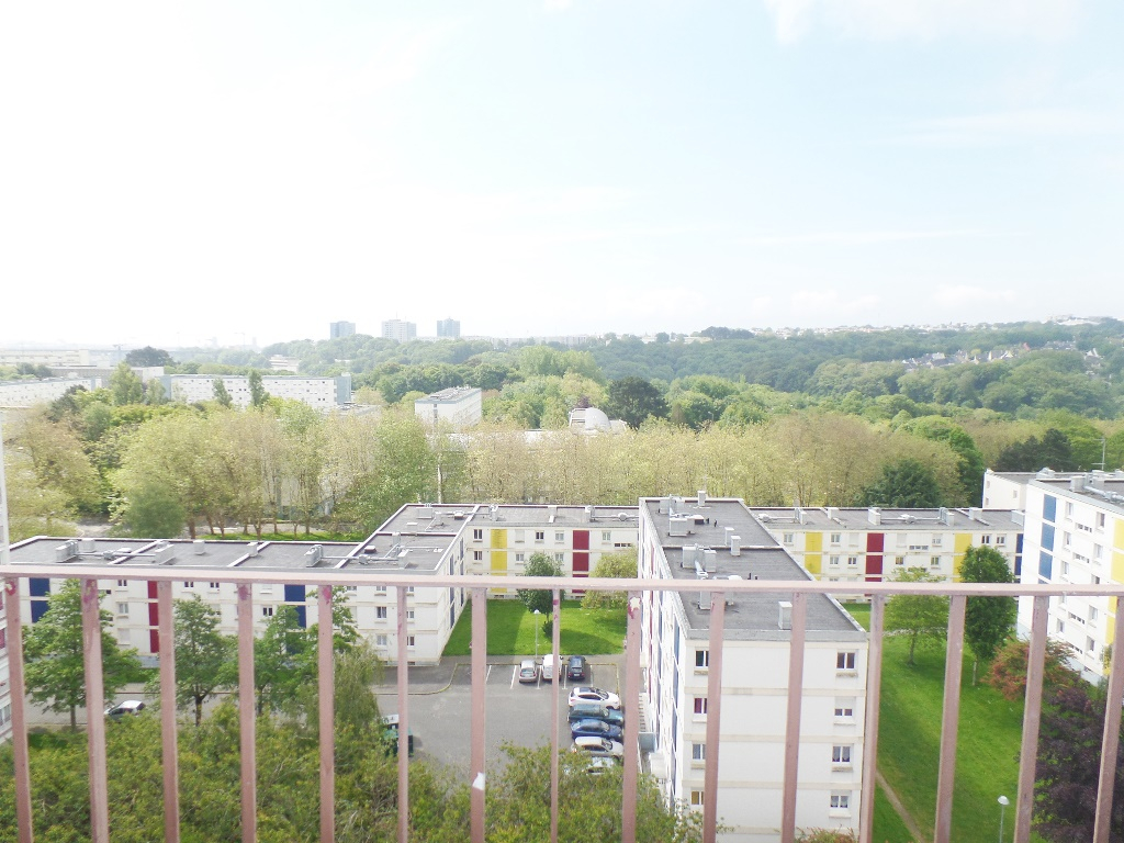 LOCATION BREST KERGOAT/UBO APPARTEMENT T1 31.97 M² VUE DEGAGEE CALME PROXIMITE IMMEDIATE FACULTES