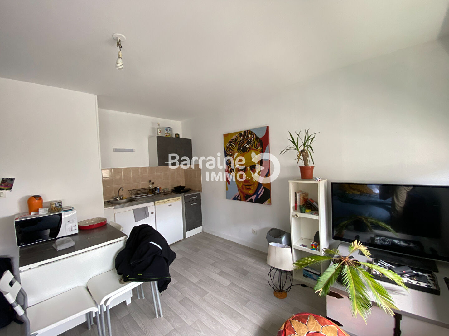 LOCATION BREST JAURES PILIER ROUGE STUDIO 23.66 m²