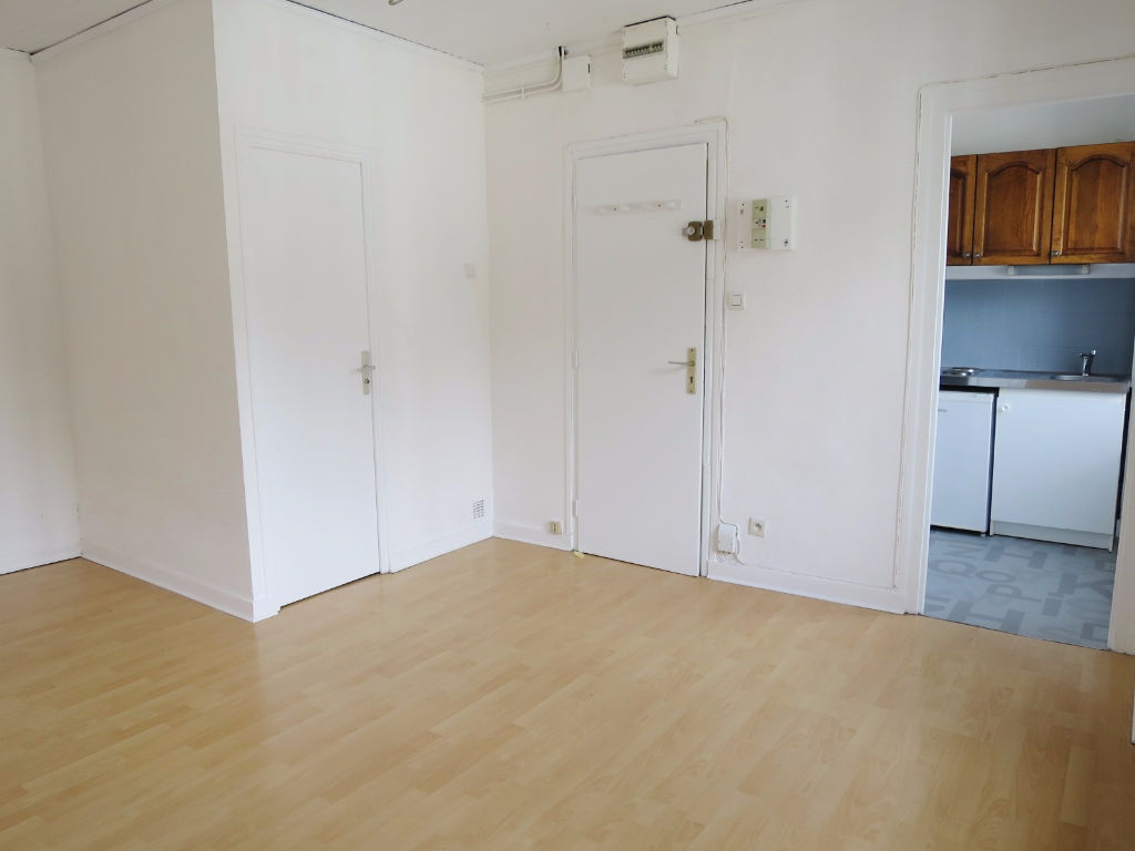 LOCATION BREST SAINT MARC GUELMEUR APPARTEMENT T1 23.30 m²